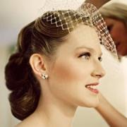 svadba-v-italii-pricheska-vintage