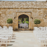 Caswell-House-Wedding-With-A-Beautiful-Outdoors-Ceremony-From-Igor-Demba-Photography002
